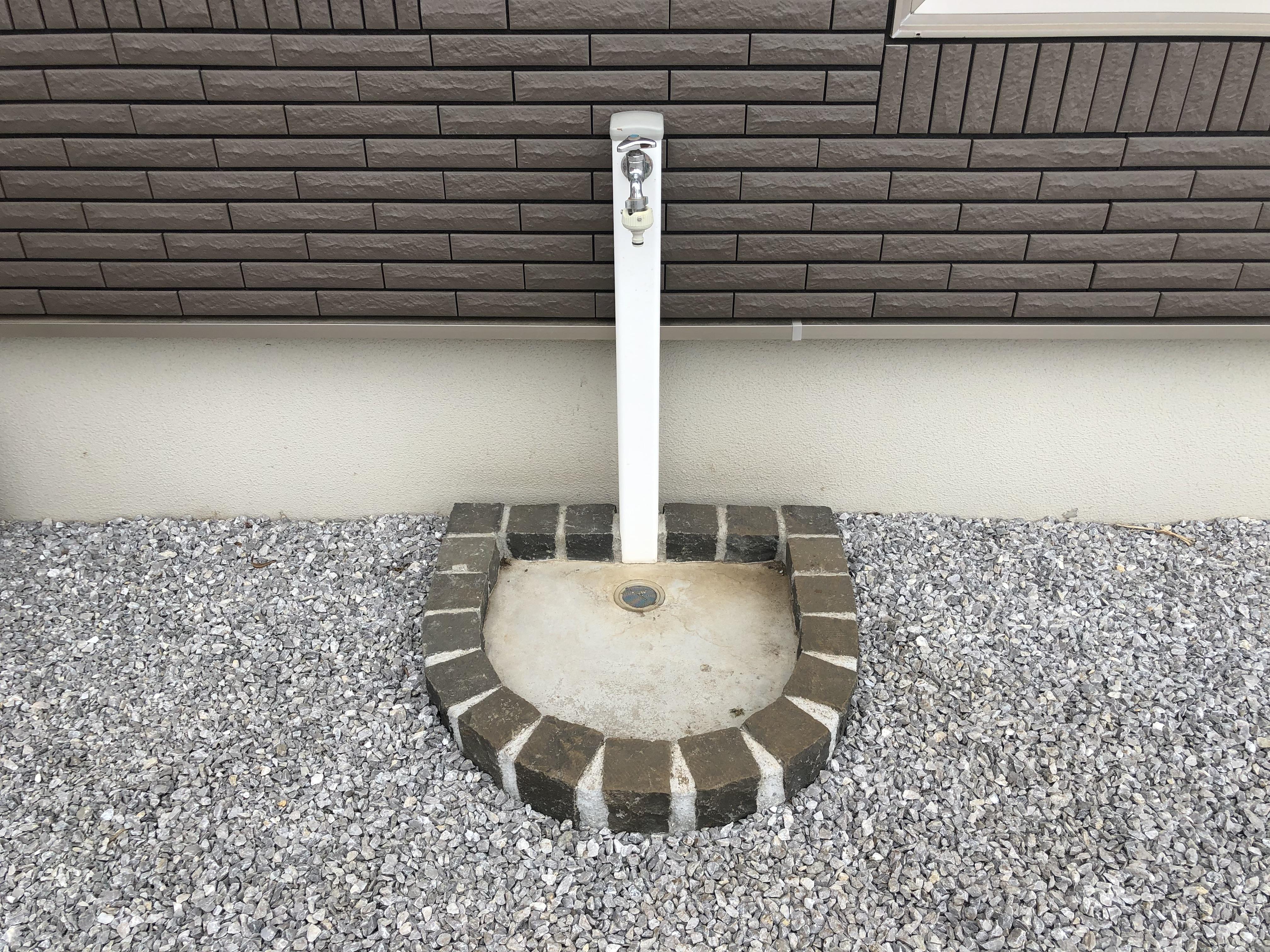一条工務店の外構外の立水栓