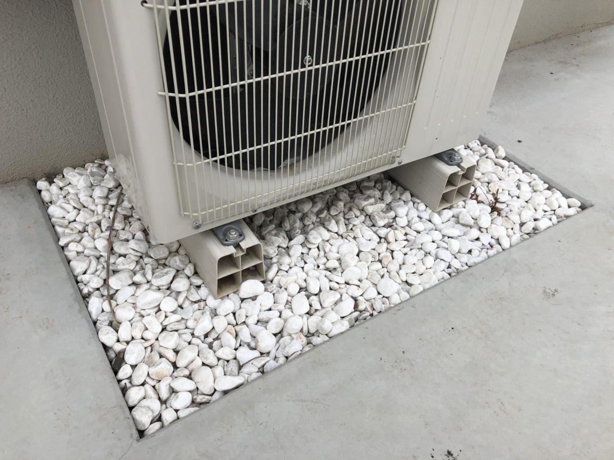 一条工務店の外構室外資の砂利敷き